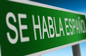 A green sign in Spanish - Se Habla Espanol?