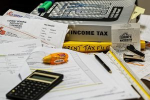 To learn about the lowest property taxes in Florida, you need to look through the books on state tax.