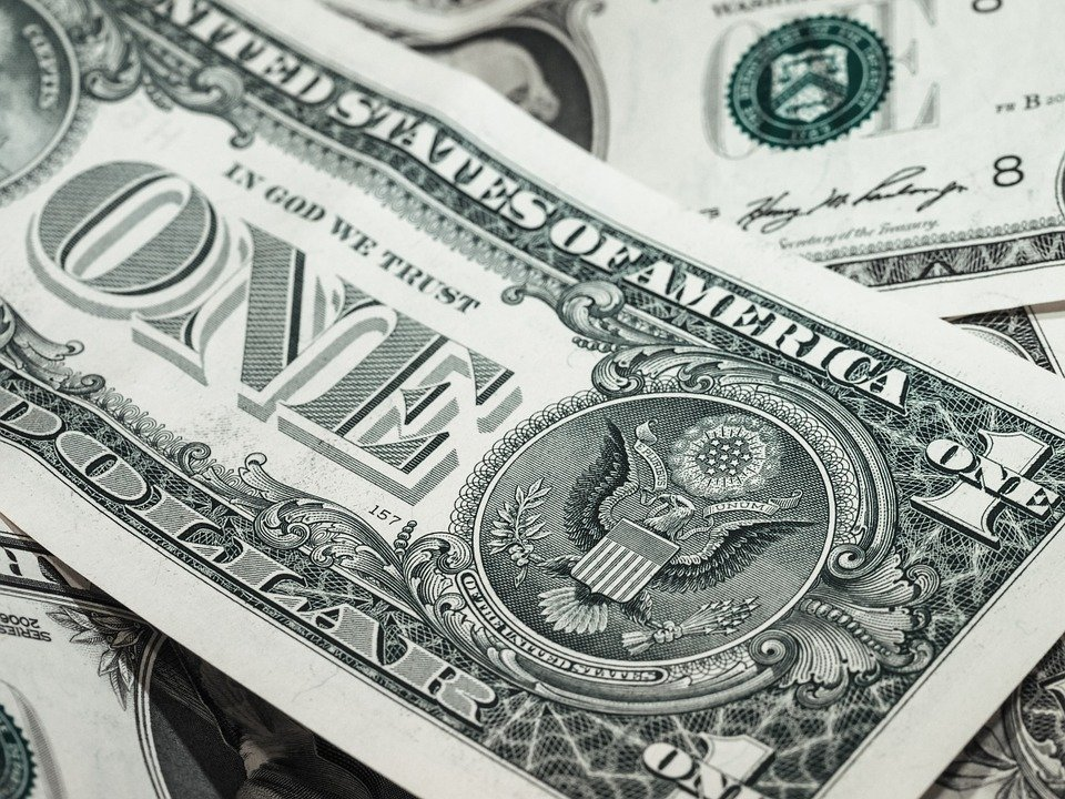 Dollar bills you gain by getting home improvement loans in Florida