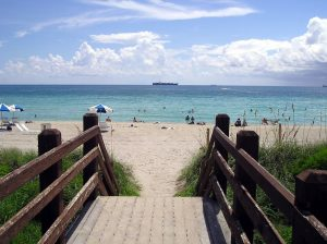 Visit a beach and have great family time in Fort Lauderdale