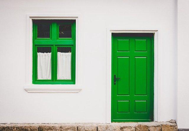 A green front door.