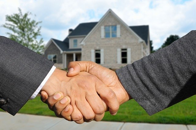 shaking hands after you make an offer on a house